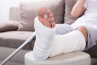 What Are the Symptoms of a Broken Ankle?